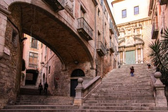 Girona's alleyways and arches