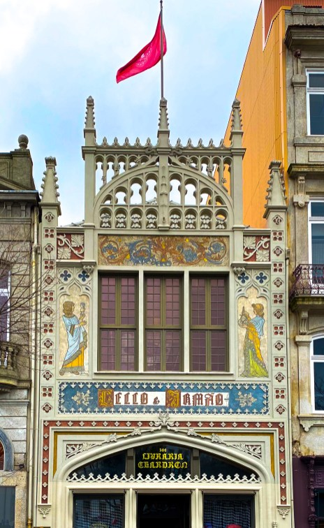 The Art Nouveau facade