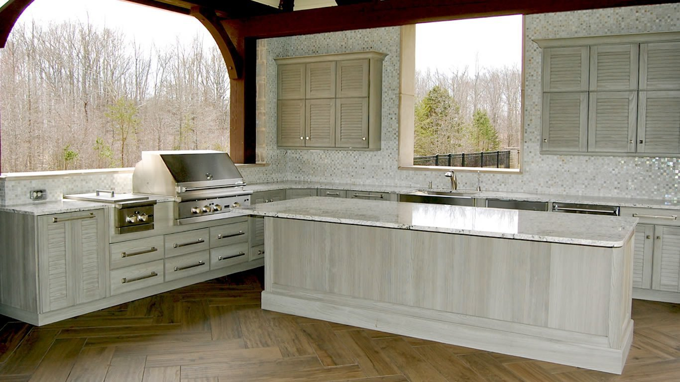 building your ideal outdoor kitchen