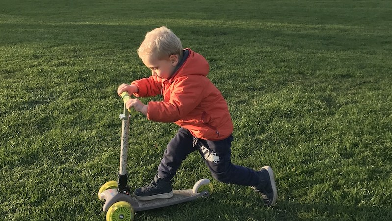 Kiddimoto U-Zoom scooter review | Great design, poor durability