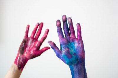 fingerpainting hands