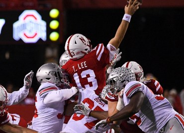 Tanner Lee vs Ohio State Football Buckeyes