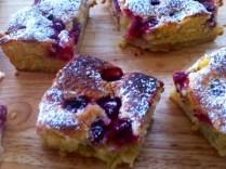https://thepaddingtonfoodie.com/2012/10/20/vanilla-buttermilk-cake-with-apples-and-raspberries/