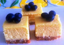 https://thepaddingtonfoodie.com/2012/11/15/la-dolce-vita-baked-limoncello-and-ricotta-cheesecake-italian-style/