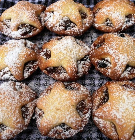 https://thepaddingtonfoodie.com/2012/12/10/any-fool-can-cook-modern-fruit-mince-tarts/