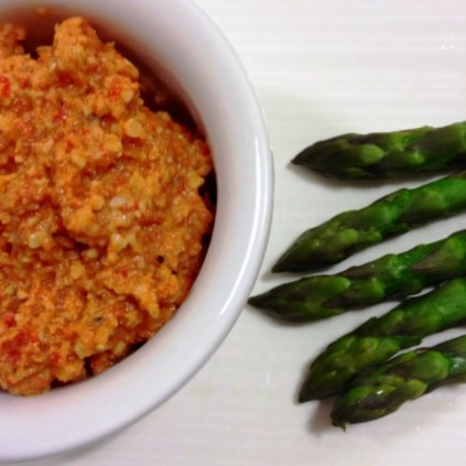 https://thepaddingtonfoodie.com/2013/11/19/eat-fast-and-live-longer-a-5-2-fast-diet-recipe-idea-under-100-calories-a-classic-catalan-salsa-romesco-sauce/