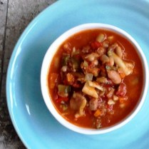 https://thepaddingtonfoodie.com/2014/05/19/eat-fast-and-live-longer-a-5-2-fast-diet-recipe-idea-under-200-calories-hearty-minestrone-soup-with-bacon-and-pasta/