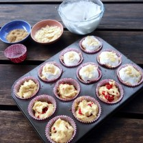 https://thepaddingtonfoodie.com/2014/06/04/no-cake-decorating-required-all-in-one-berry-and-almond-cupcakes-with-a-baked-meringue-topping/
