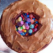 Ombre Pinata Cake Lollies