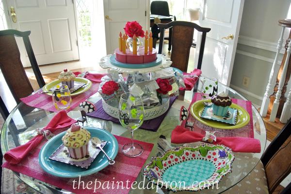 birthday table x thepaintedapron.com