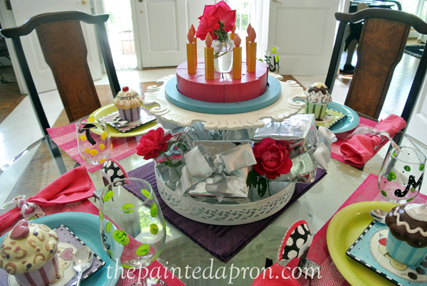 birthday tablescape 2 thepaintedapron.com