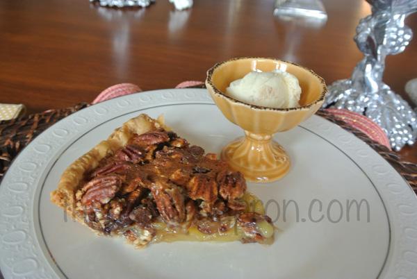 chocolate pecan pie thepaintedapron.com