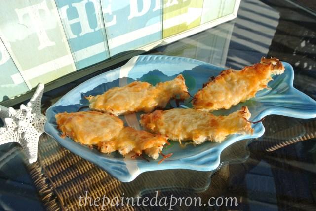 goldfish cheese toasts thepaintedapron.com