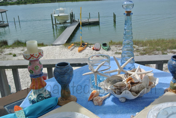 seashell table 3 thepaintedapron.com