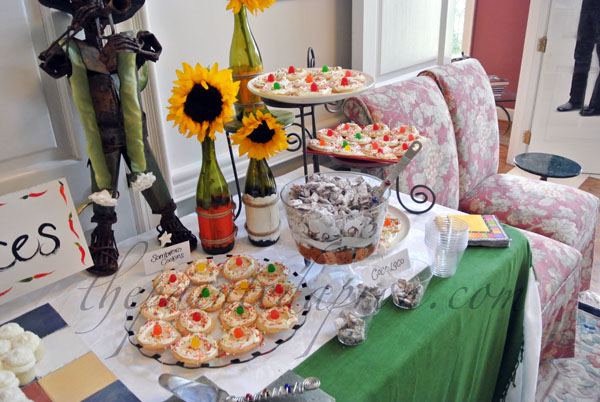 sweets table 2 thepaintedapron.com