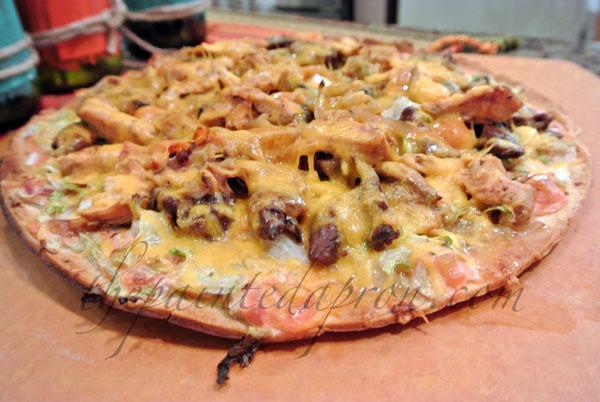 fajita pizza 1 thepaintedapron.com