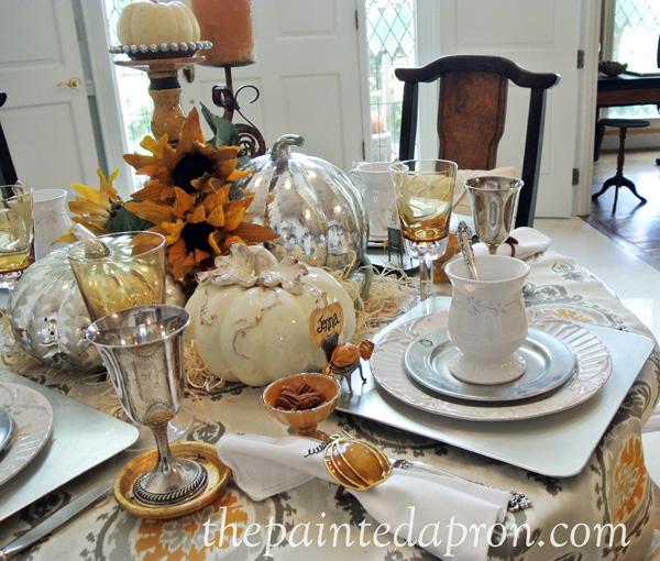 fall white table thepaintedapron.com