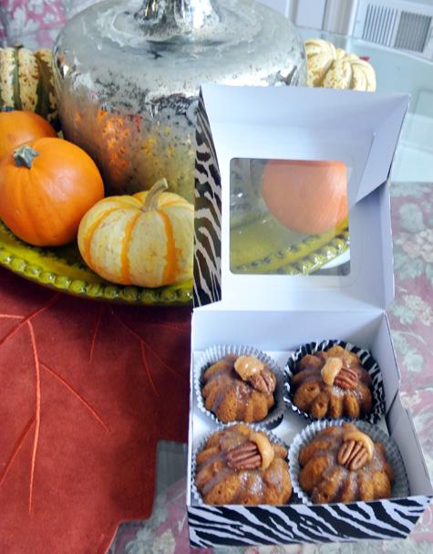 pumpkin cakes thepaintedapron.com