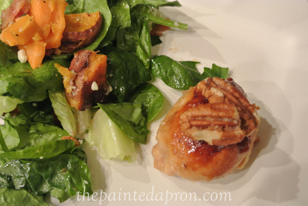 easy baked chicken thighs thepaintedapron.com