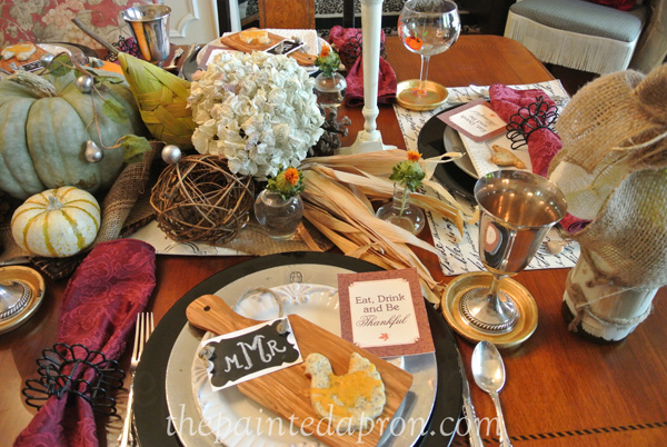 Thanksgiving table setting thepaintedapron.com
