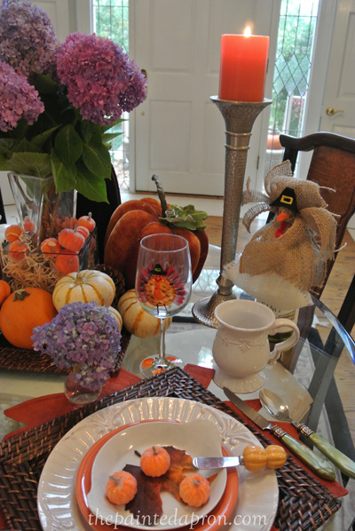 Thnaksgiving table thepaintedapron.com