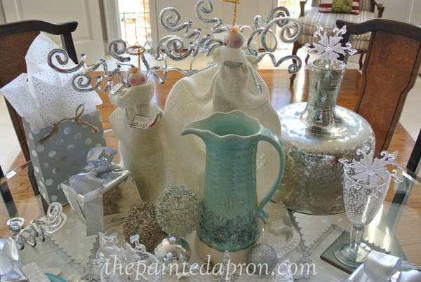angels in the snow table 2 thepaintedapron.com