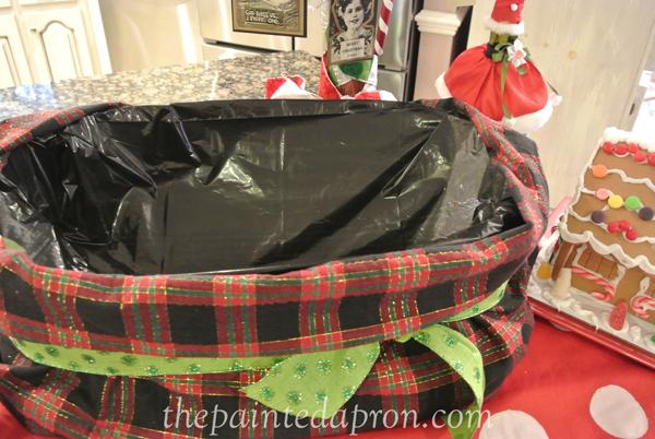 Santa's beverage sack 2 thepaintedapron.com