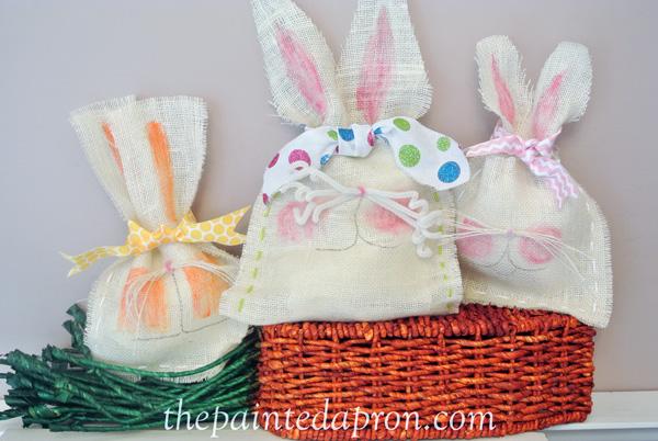 burlap bunny bags thepaintedapron.com 1