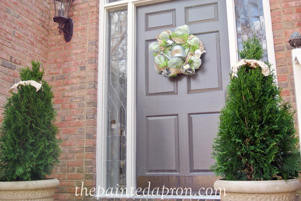 spring door thepaintedapron.com