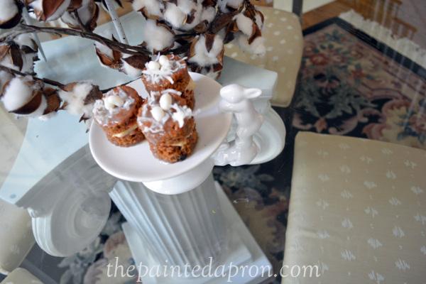 baby carrot cakes thepaintedapron.com