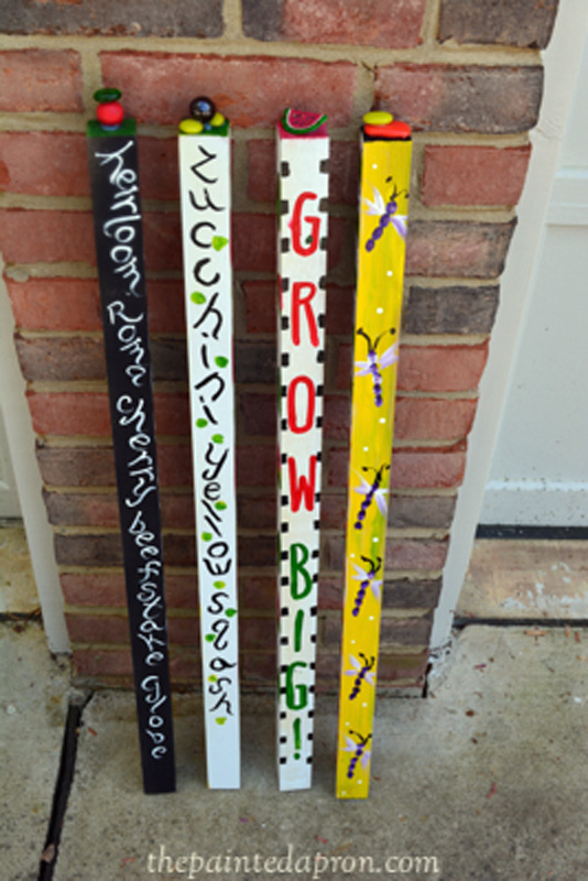 painted garden stakes thepaintedapron.com