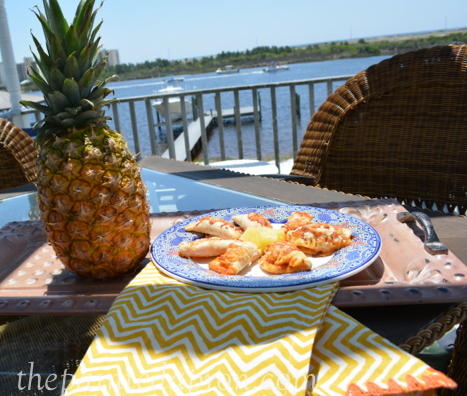 pineapple pizza empanadas thepaintedapron.com