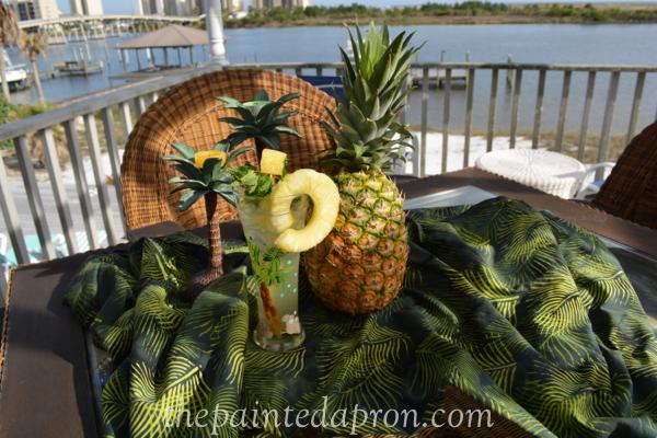 pineapple punch cocktail thepaintedapron.com