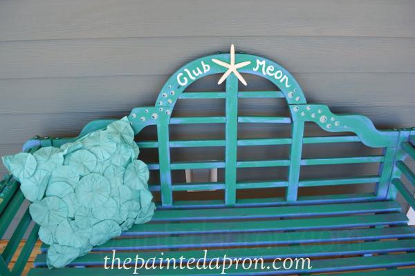 beachy bench thepaintedapron.com