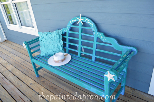 seaside bench thepaintedapron.com