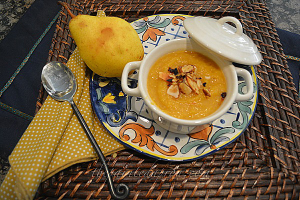 butternut squash soup thepaintedapron.com