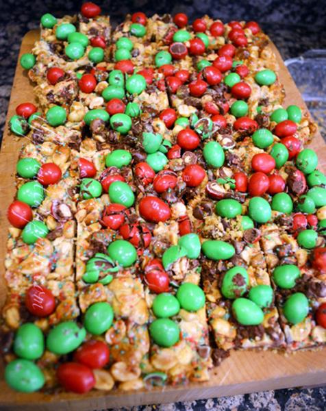 Christmas Candy Squares thepaintedapron.com 1