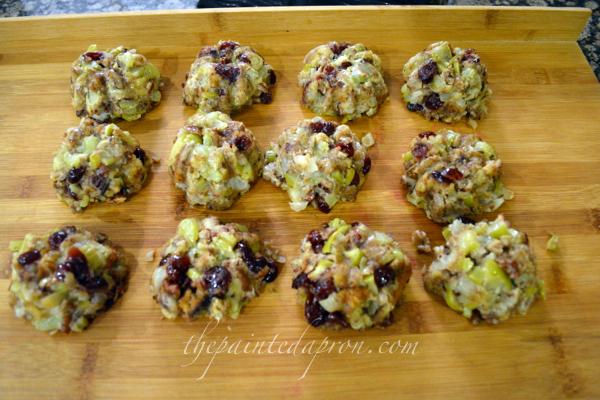 stuffing muffins thepaintedapron.com