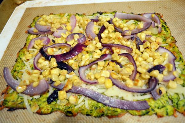 veggie pizza thepaintedapron.com