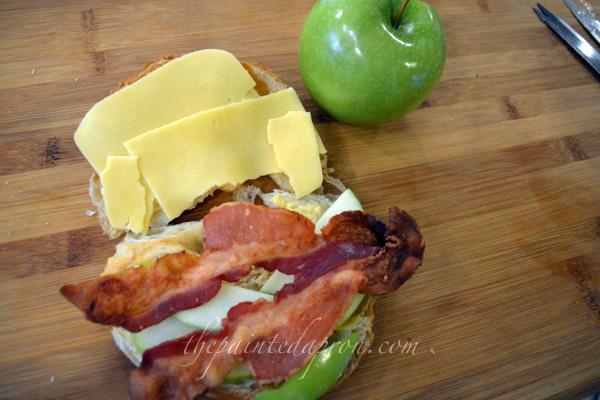 apple bacon gouda croissant thepaintedapron.com
