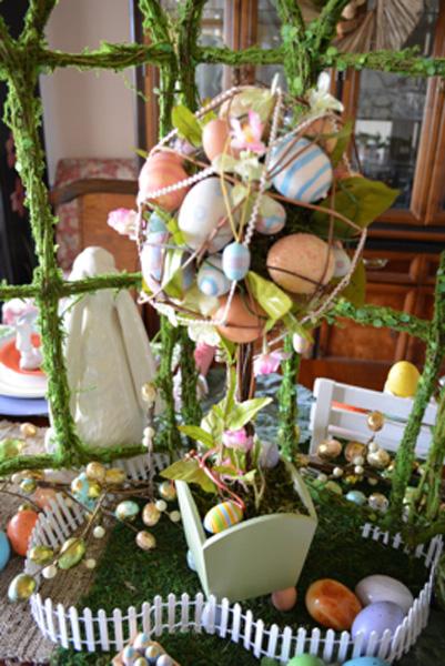egg topiary thepaintedapron.com