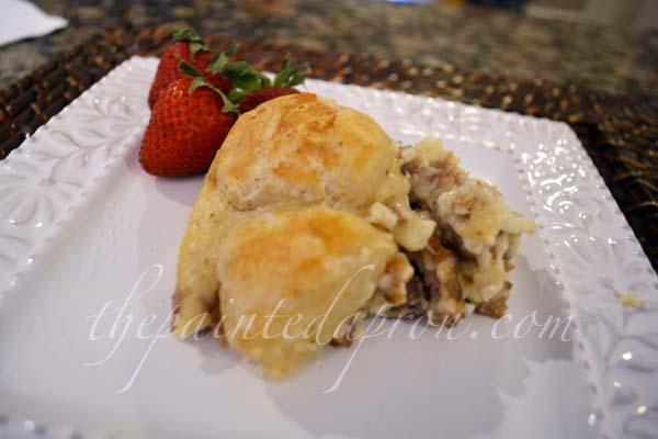 sausage gravy biscuit bake 3 thepaintedapron.com