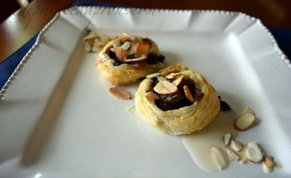 blueberry pastries thepaintedapron.com
