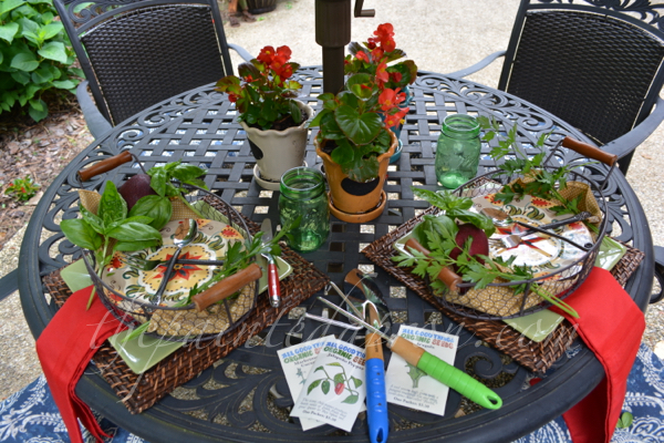 garden table 6 thepaintedapron.com