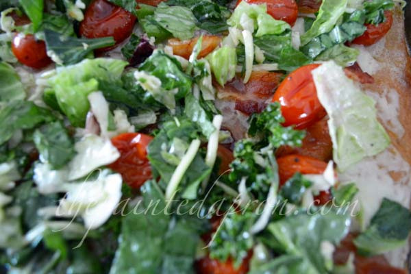 salad topped pizza thepaintedapron.com