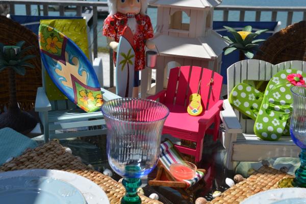 beach chair centerpiece thepaintedapron.com