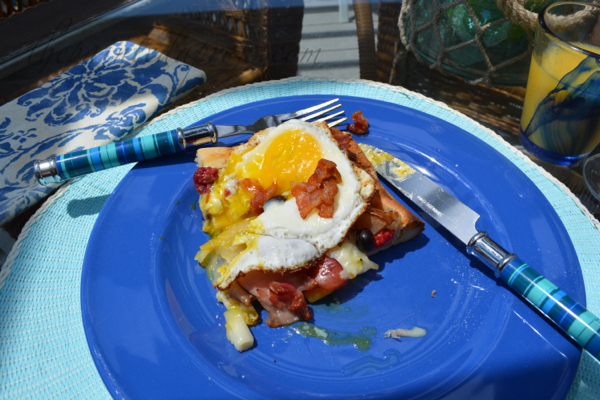 breakfast flatbread thepaintedapron.com