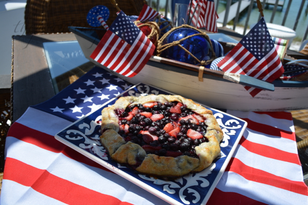 red white and blueberry crostata thepaintedapron.com