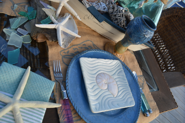 sea shell table place thepaintedapron.com