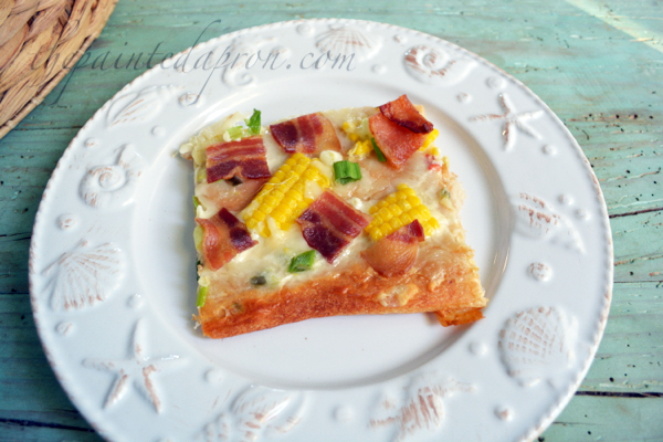 queso pizza with bacon and corn 2 thepaintedapron.com